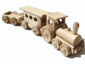 «Une Sherbrookoise lance une entreprise de jouets de bois vintage»