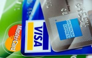 Frais des cartes de crédit: les commerçants repartent en guerre