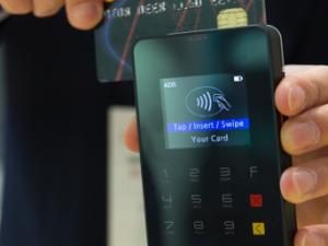 Les fraudes avec des cartes de débit sont à leur plus bas