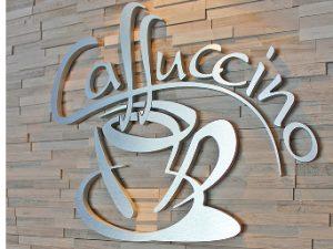 Un nouveau bistro Caffuccino au coin des rues King et Belvédère
